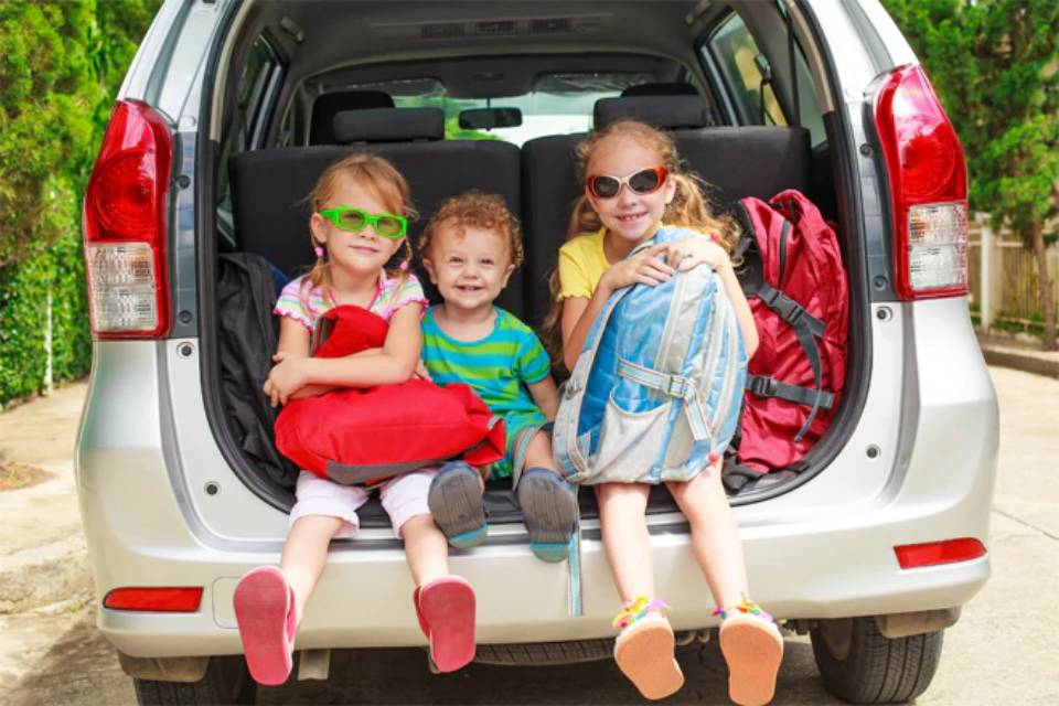Tips for family travel on a budget